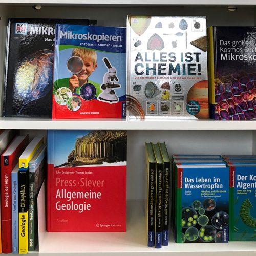 Bücher über Mikroskopie, Chemie, Geologie